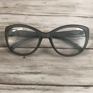 Betsey Johnson Round-Cat Eye Readers -Grey